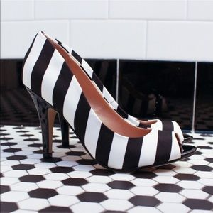 Fiona black/white stripes open toe heels